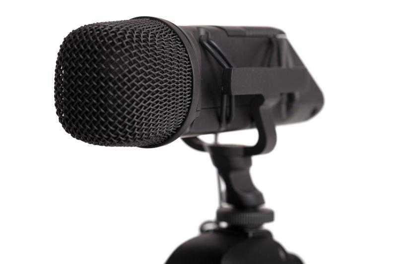 Perché il microfono fischia? Info, cause e rimedi